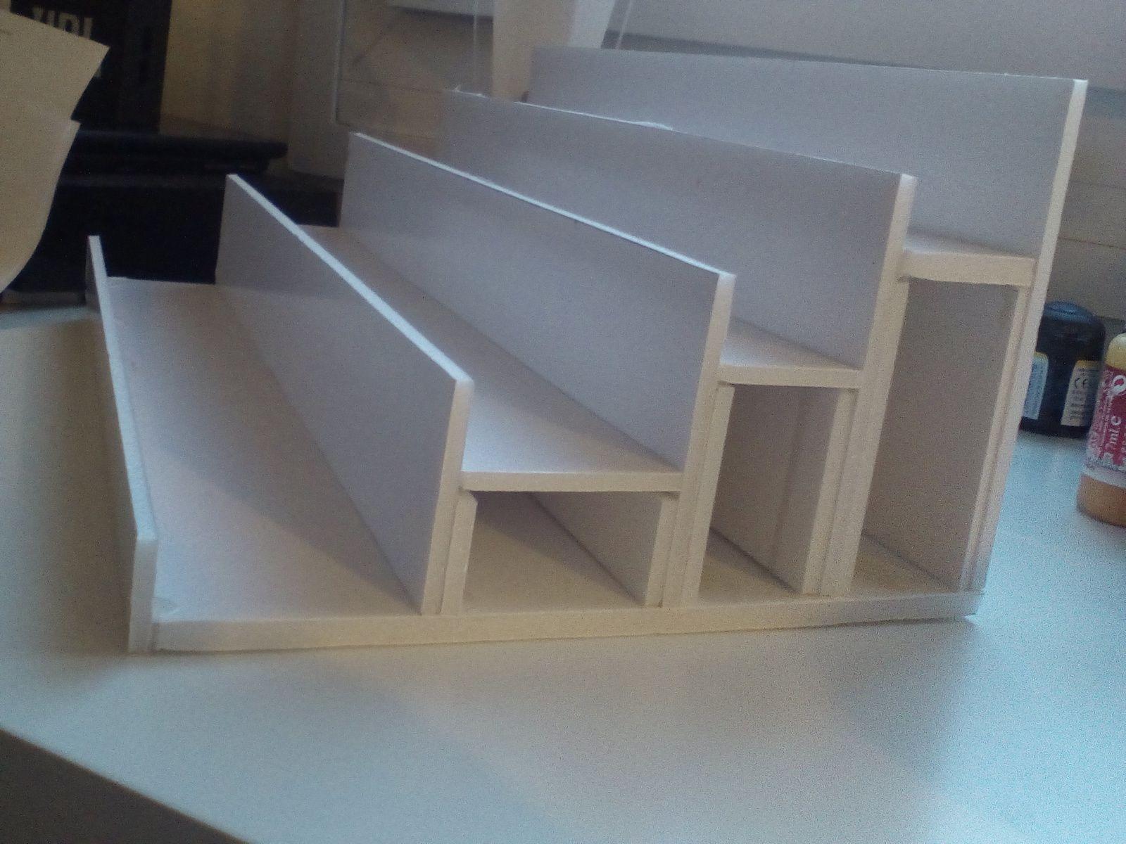 Le pr sentoir peinture la solution fait maison liber for Decapant peinture bois fait maison