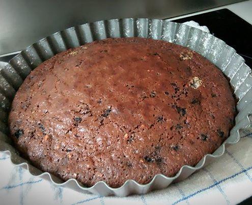 Moelleux au chocolat noir éclats d'amandes aux myrtilles sauvages .