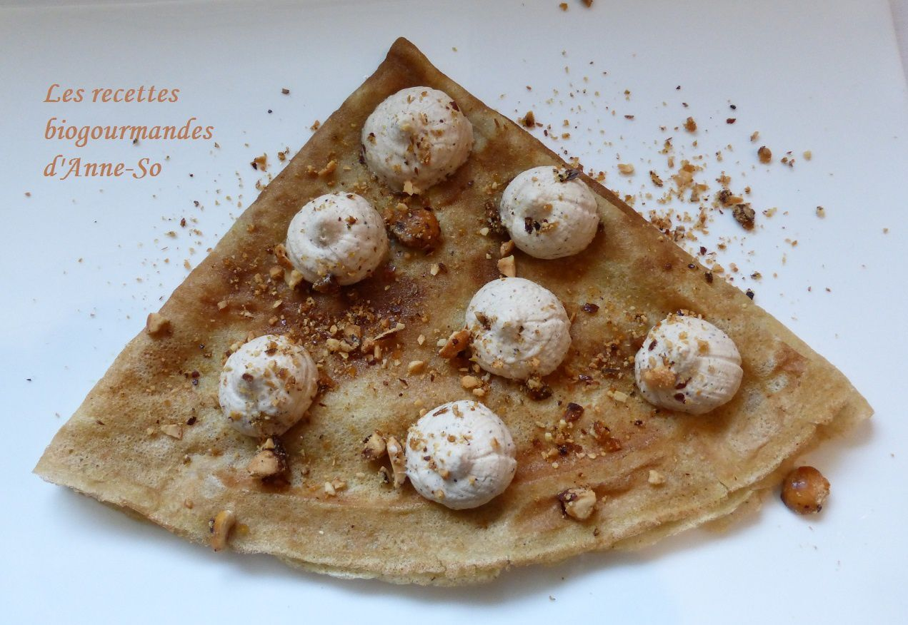 CREPES A LA CHANTILLY CHOCOLAT BLANC ET PRALINE