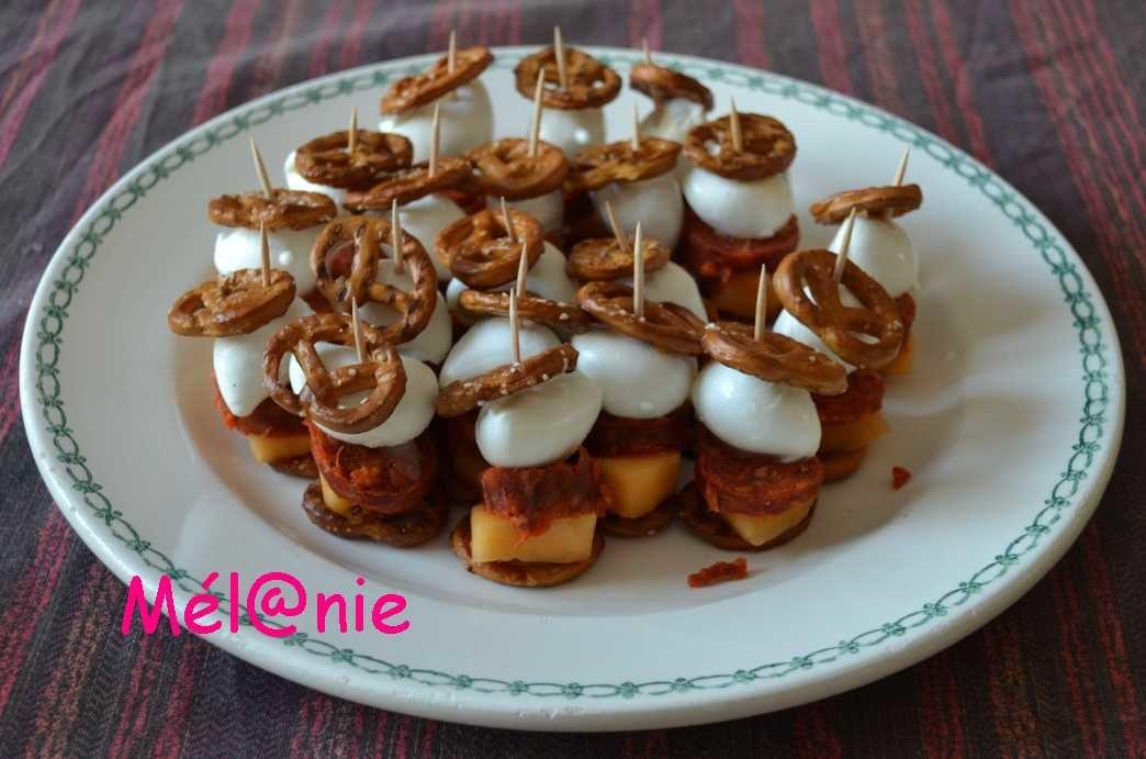 Sandwichs de bretzels au chorizo, melon et mozzarella