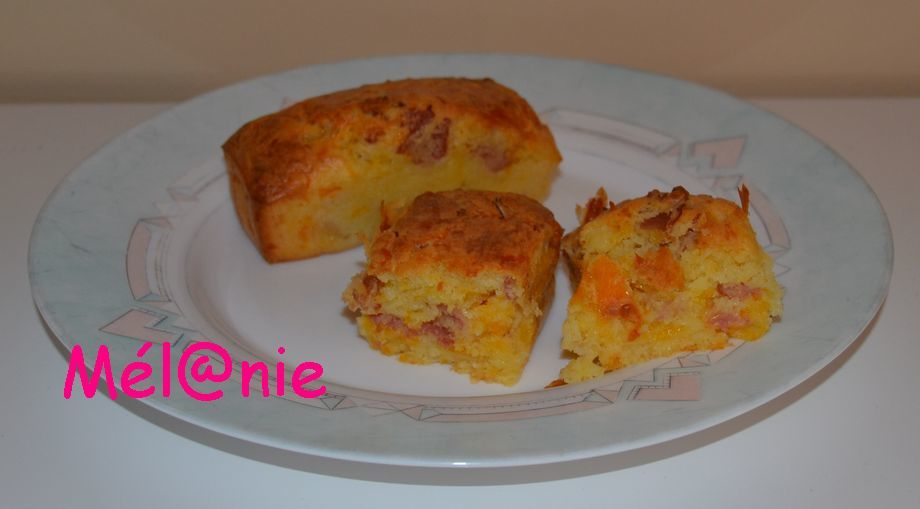 mini-cake au bacon et mimolette