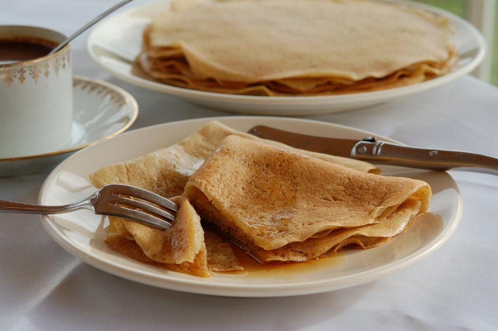 Crêpes sans gluten sans oeufs sans lactose à la banane - Doriane
