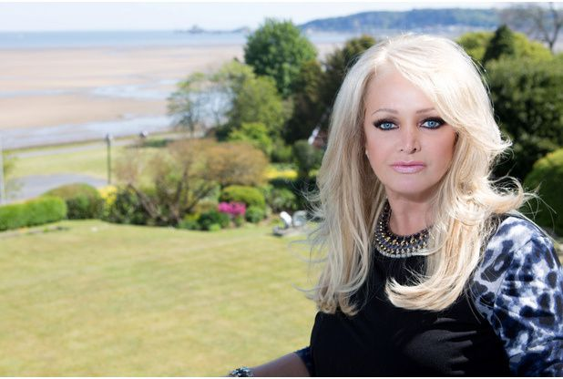 [Exclusive photos] Bonnie Tyler photoshoot Wales home