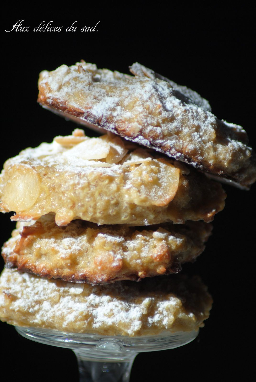 Biscuits moelleux quinoa - amandes .