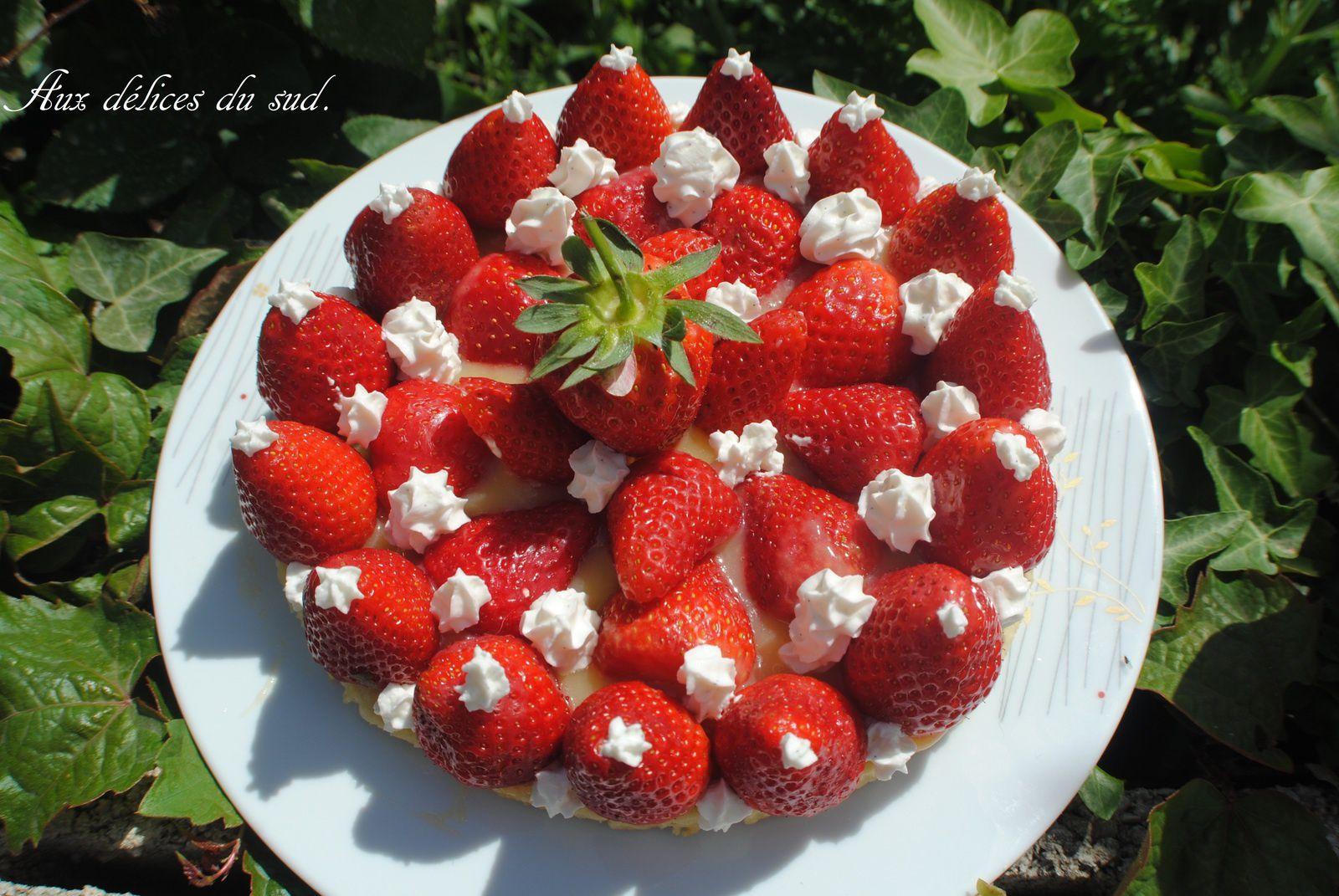 Tarte sablée fraises , lemon curd .