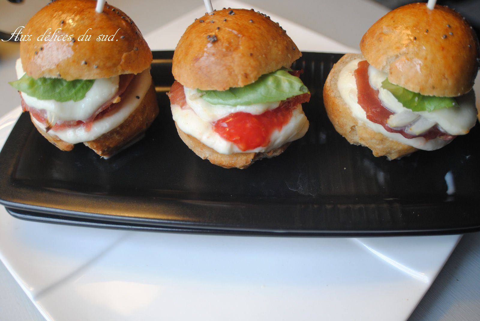 Mini hamburgers italien .