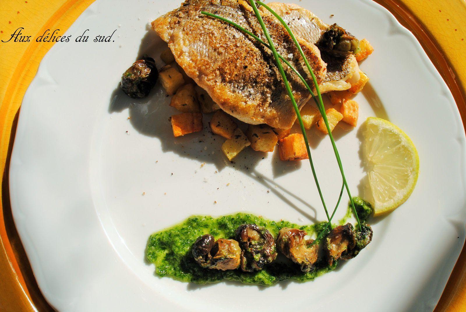 filets de dorades , escargots à la persillade ,pommes de terre de Noirmoutier au four .