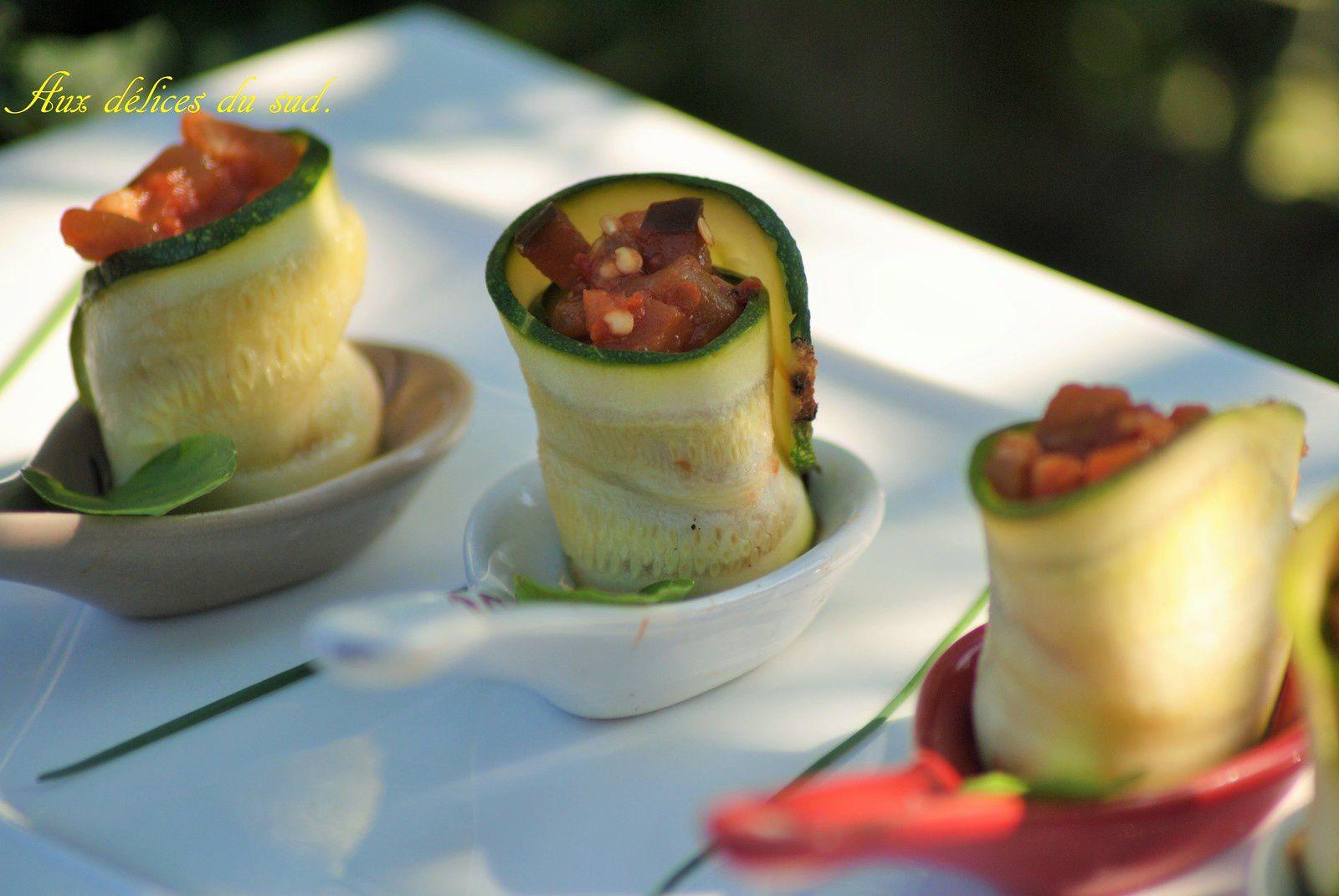 Rouleaux de courgettes au caviar d'aubergines :