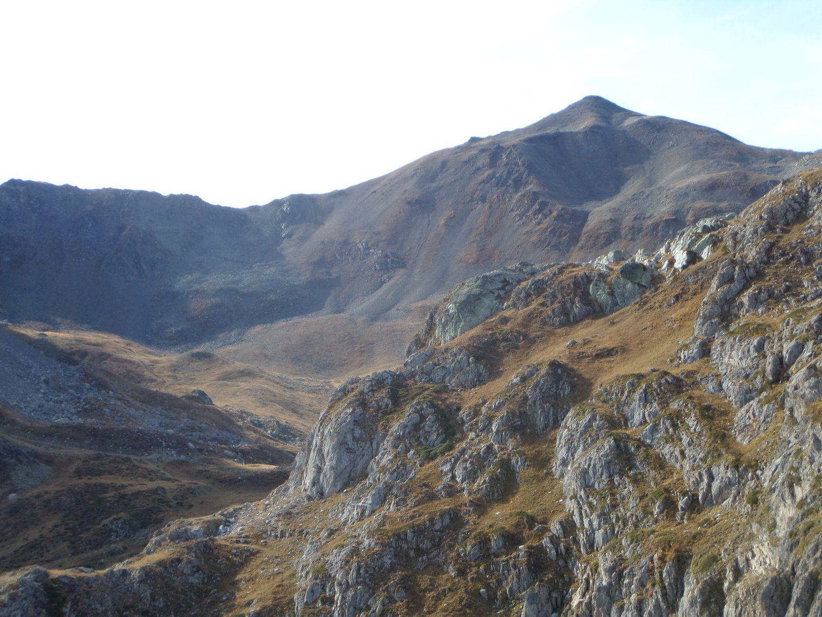 le Refuge du Chardonnet, le Col de la Noire, le Col du Raisin, zoom sur le Refuge Bufère et Chalet d'alpage