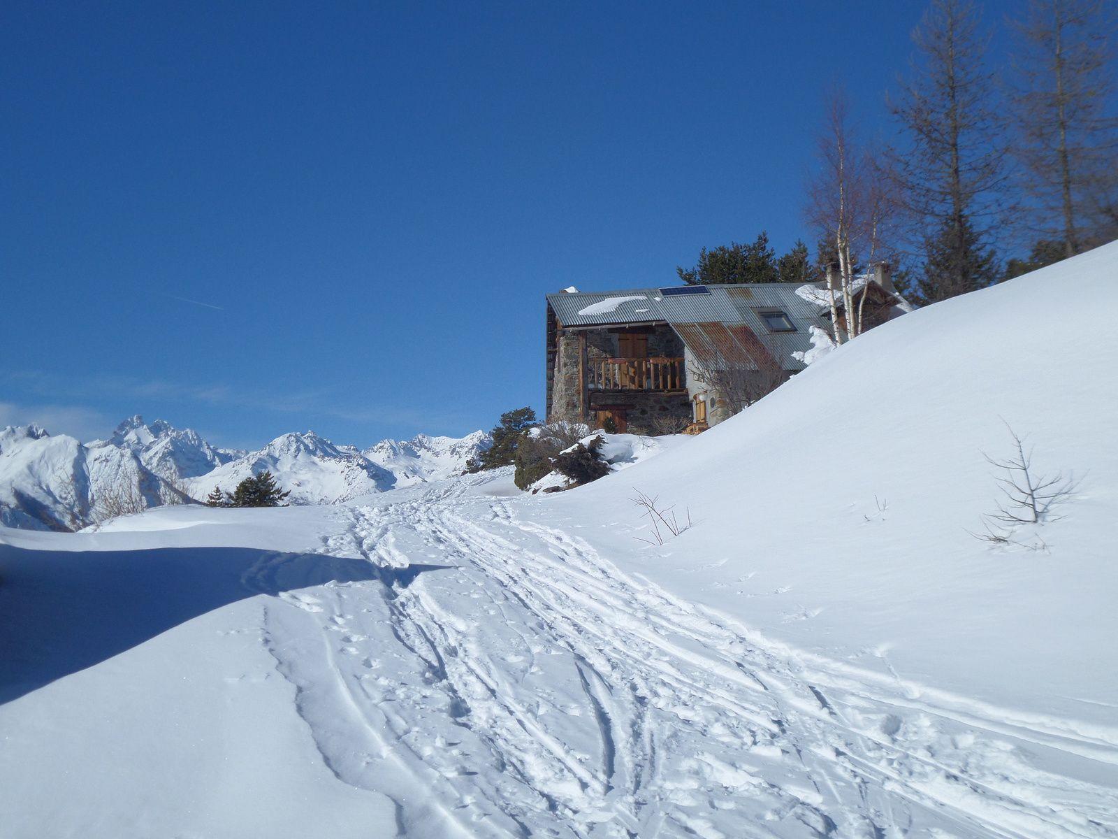 Quelques photos de Villard Laté au Col du Granon et ci dessous des LIENS vers d'autres superbes Itinéraires de Randonnée Nordique !!