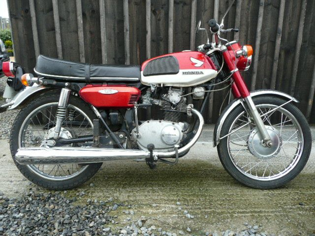 remise en route honda cb 125 k4 breizh moto ancienne. Black Bedroom Furniture Sets. Home Design Ideas