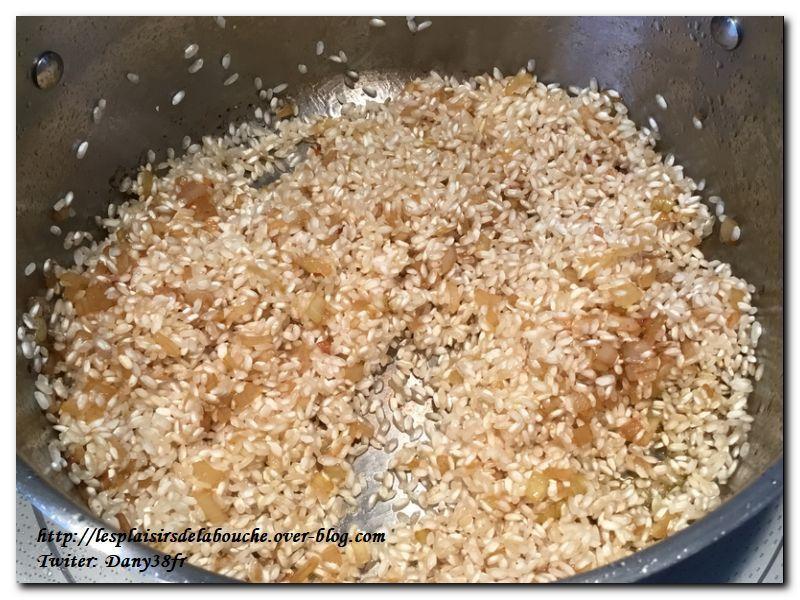Risotto aux langoustines et sa tuile de parmesan poivrée