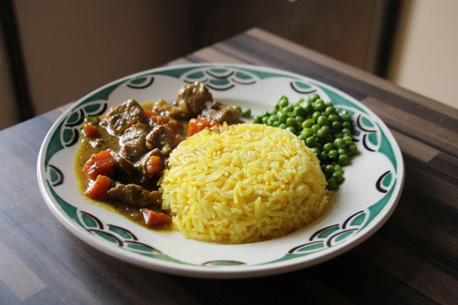 Sauté de porc combawa-coco et petits légumes