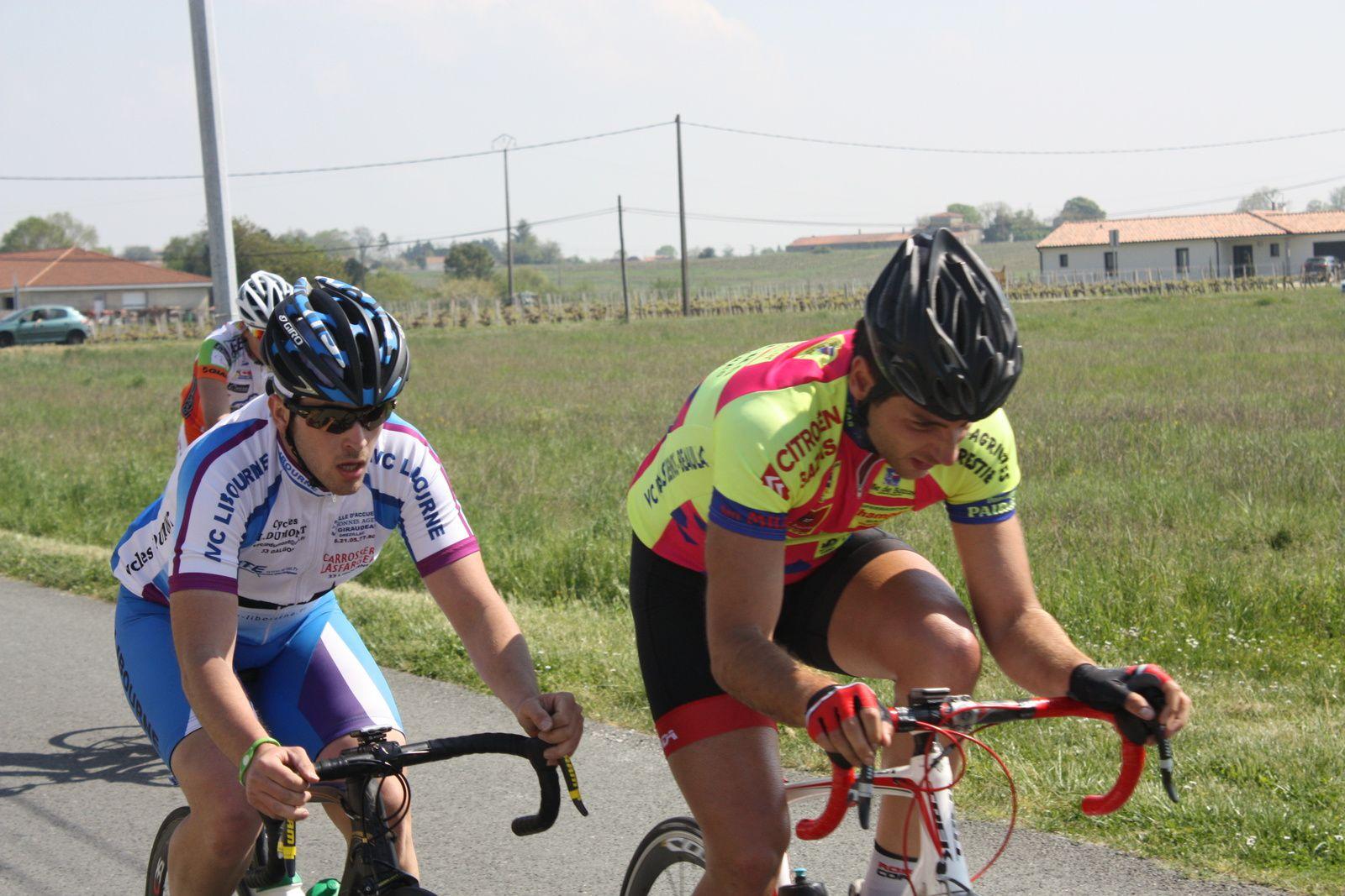3e  tour. Sandra  DOS SANTOS(VCCO) tente  de  trouver  le  rytme, elle  sera  la  semaine  prochaine  avec  la  DN17  Poitou-Charentes  à  la  2e  manche  de  la  coupe  de  france