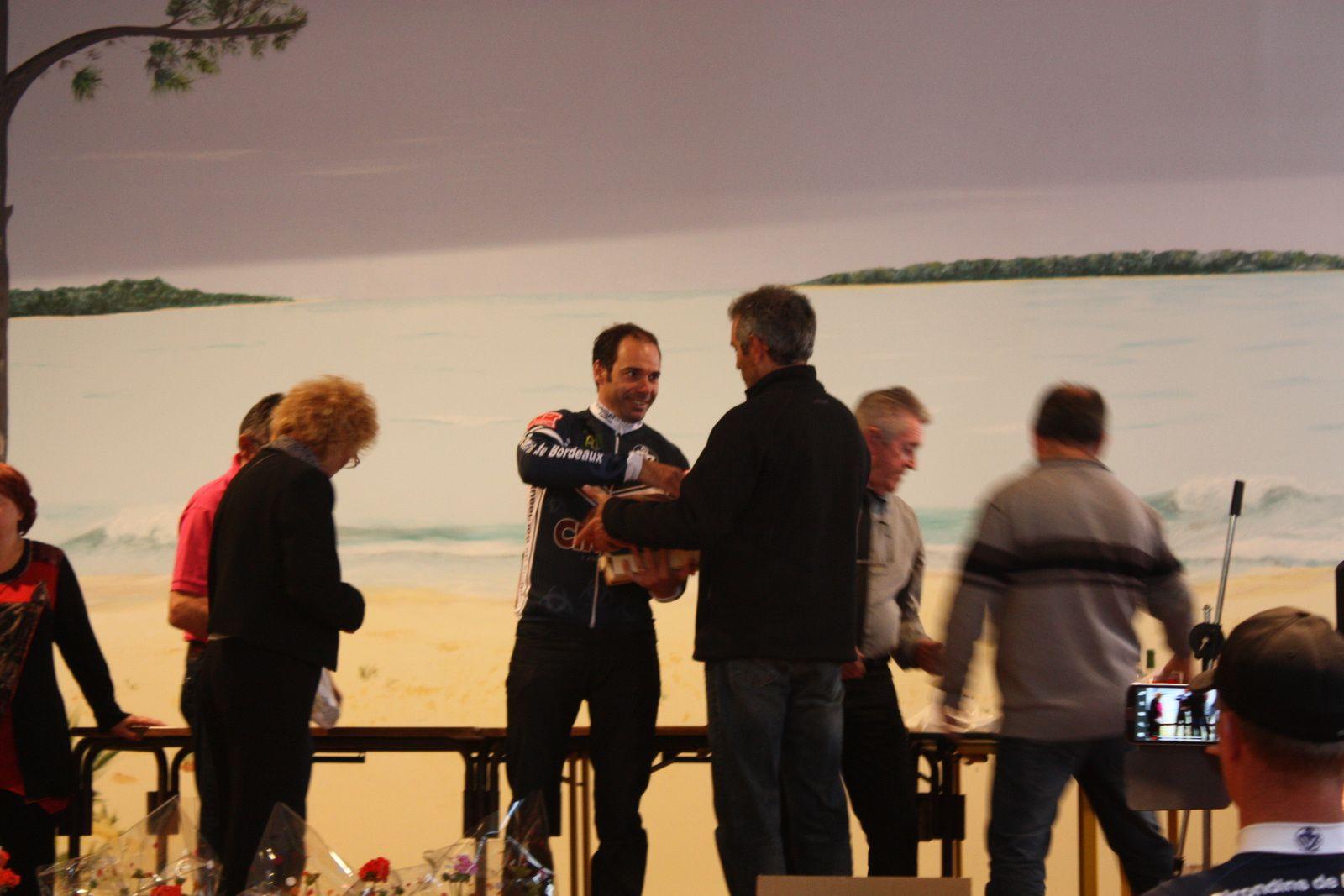 Le  podium  D1  avec  Mme le maire
