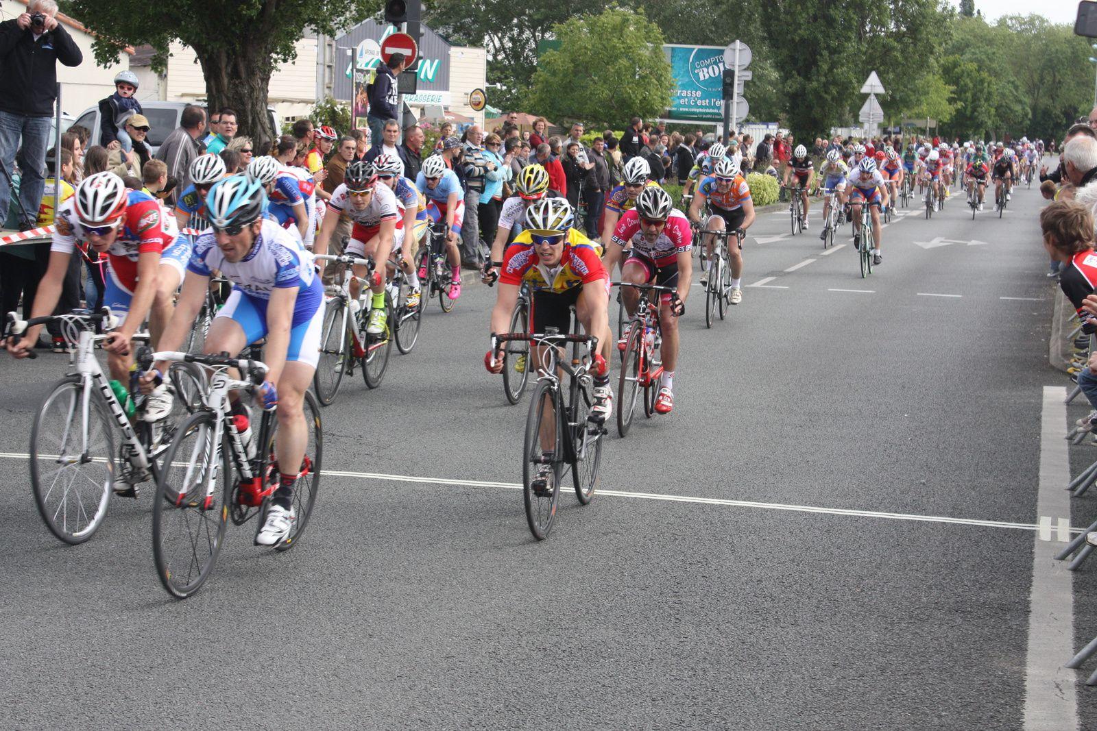 11e  Florian  BLANDIN(UVA), 13e  Grégory  FRETARD(G  Bordeaux)