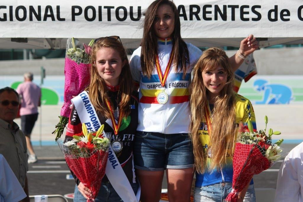 Chloé  DAULIAT(C  Sud-Saintonge)  Championne  Régionale  omnim  cadettes