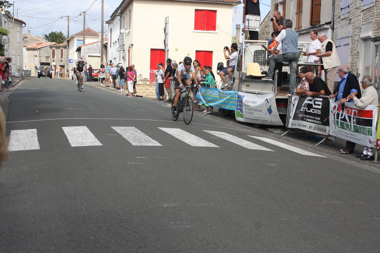 3e  Tony  RABY(AC  Chatellerault), 4e  Jacques  DUTAILLY(O  grande  Synthe)