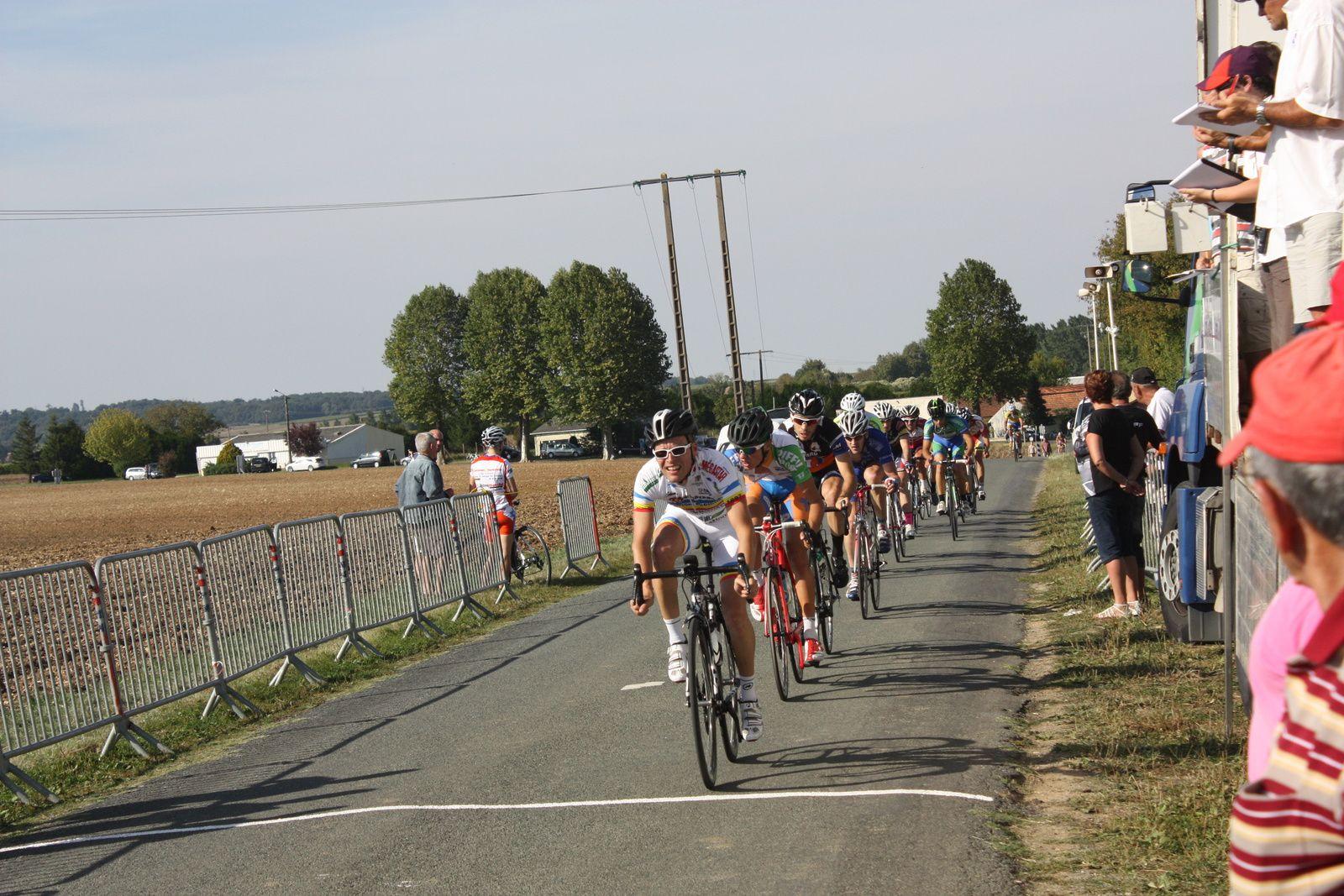 10e  Tour  , Cyrille  MORAND  vient  de  disparaitre  à  son  tour