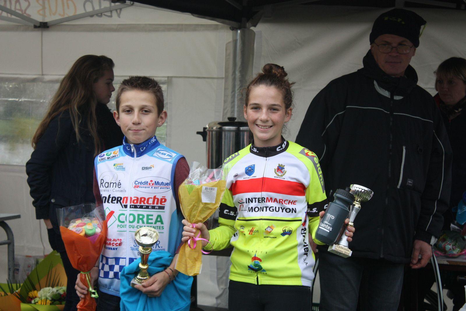 Les  vainqueurs  en  Benjamins  avec  Fabien  POTET(CA  Civray), 2e  et  1er  fille  fille  Ilona  FEYTOU(C  Sud-Saintonge).