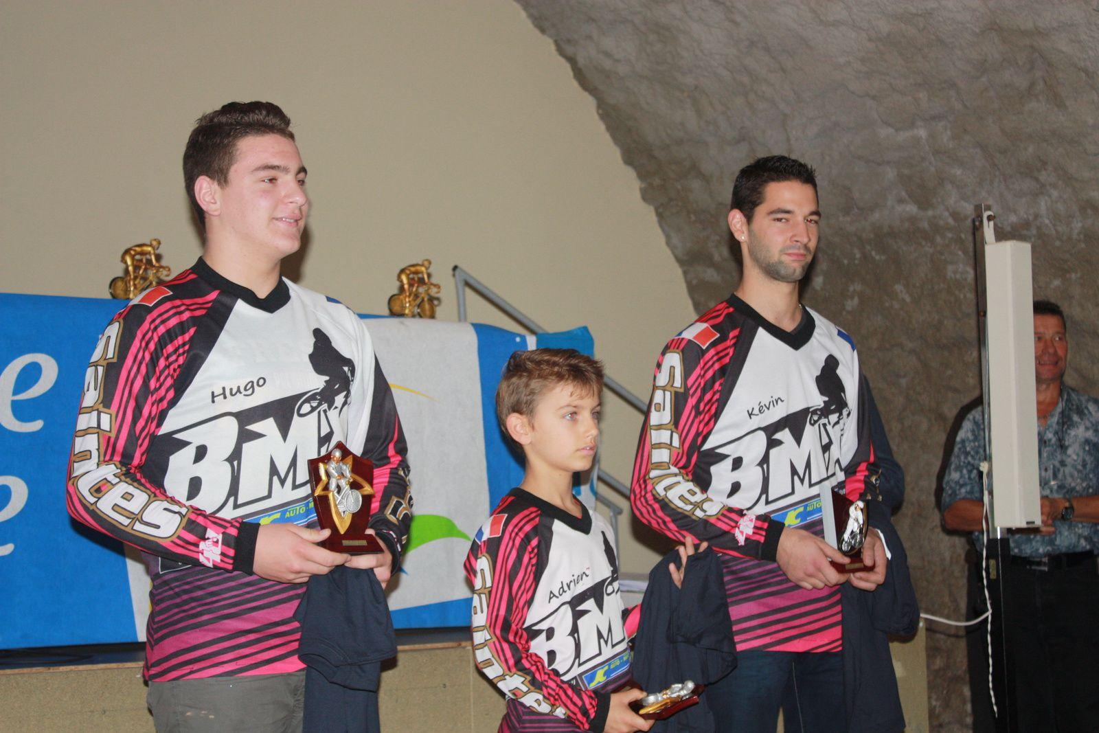 La  remise  des  récompenses  au  BMX