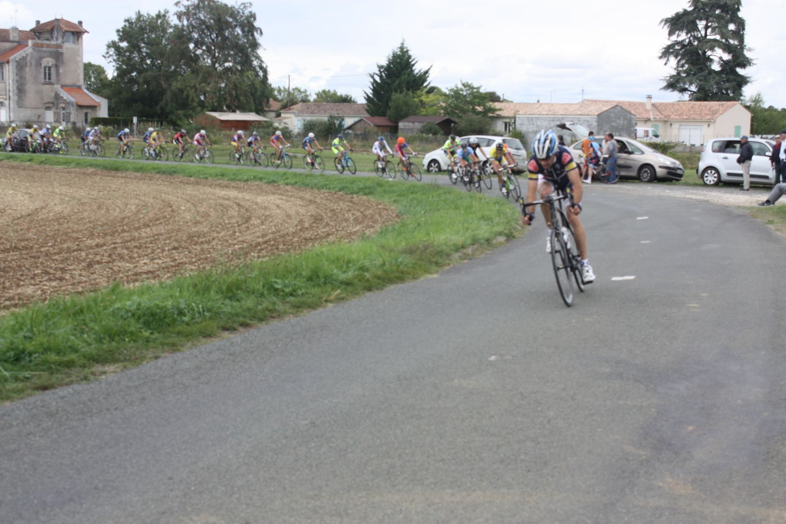 6e  tour  Christian  MONIER  emméne  le  1er  groupe
