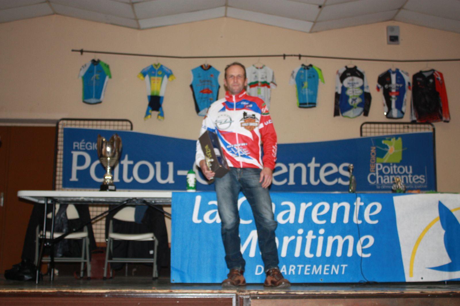 Alain  GEMAUX  vainqueur  du  challenge  D1