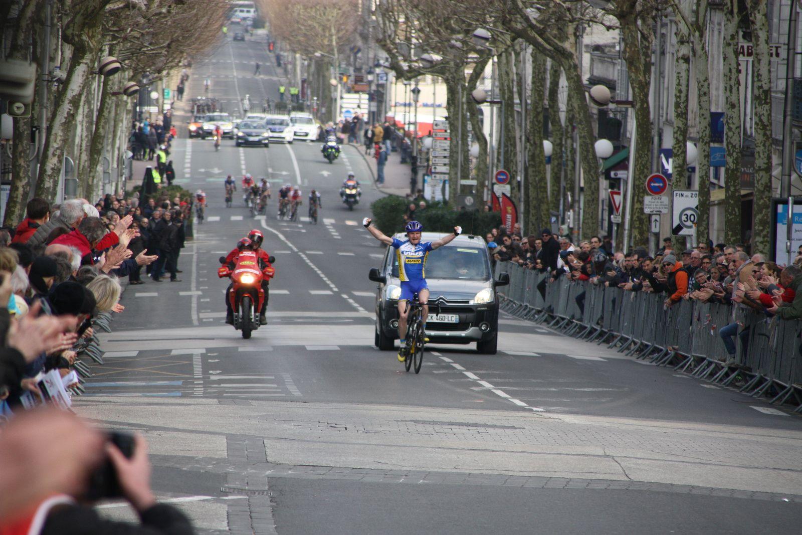 Victoire  pour  Alexandre  PACCALET(VC  Vaulx en Velin)