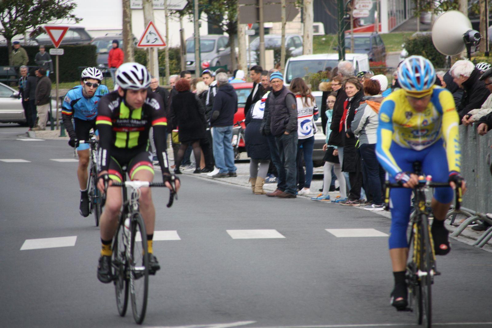 16e  Romain  LEFRANCOIS(UV  Limousine), 17e  Florian  LOUE(AL  Gond-Pontouvre)