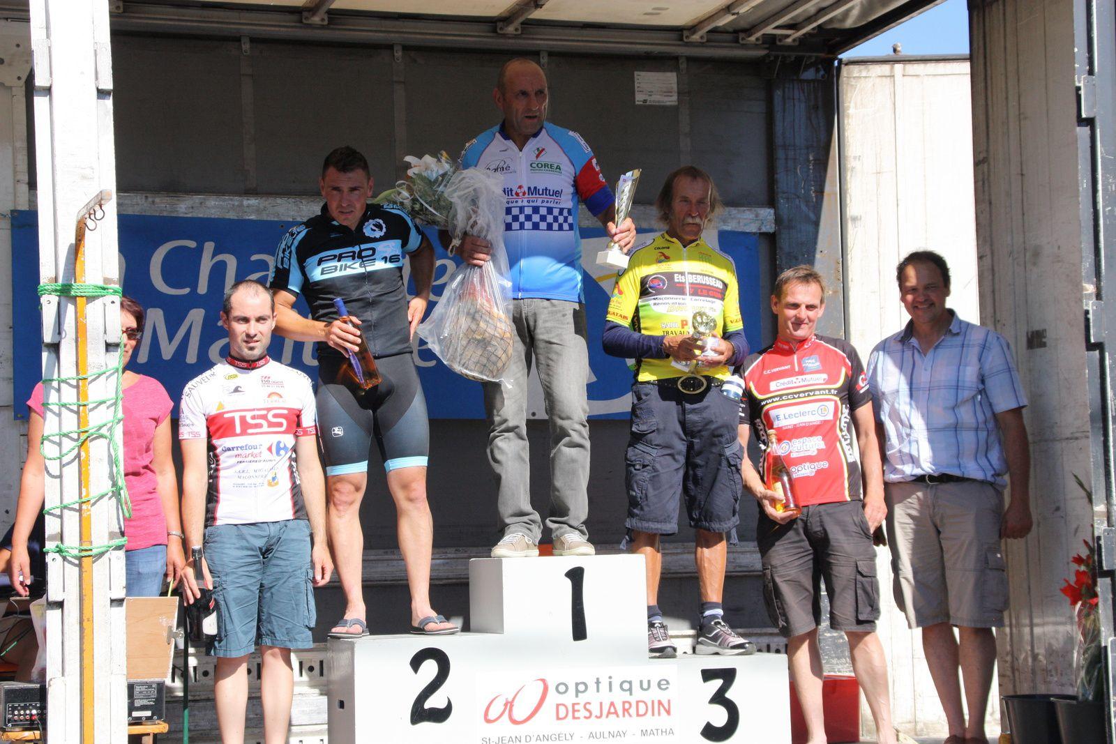 Le  podium  complet  D3/D4