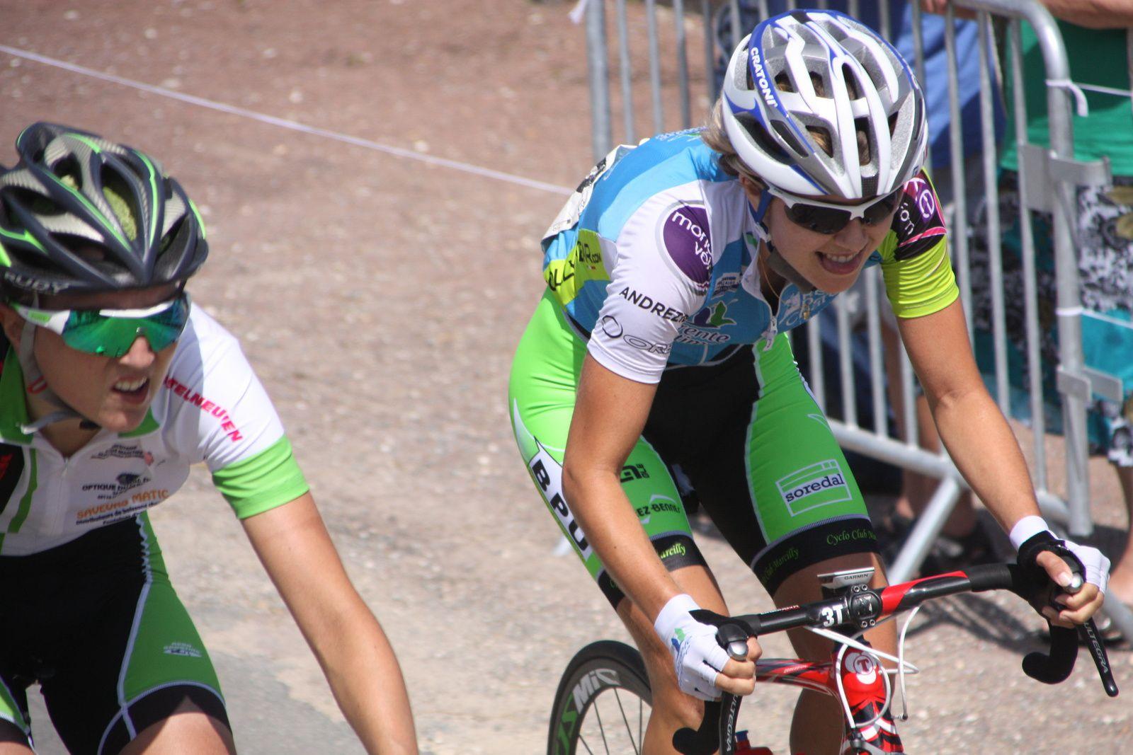 Juliette  LABOUS  croit  avoir  gagné , mais  il  reste  un  tour!