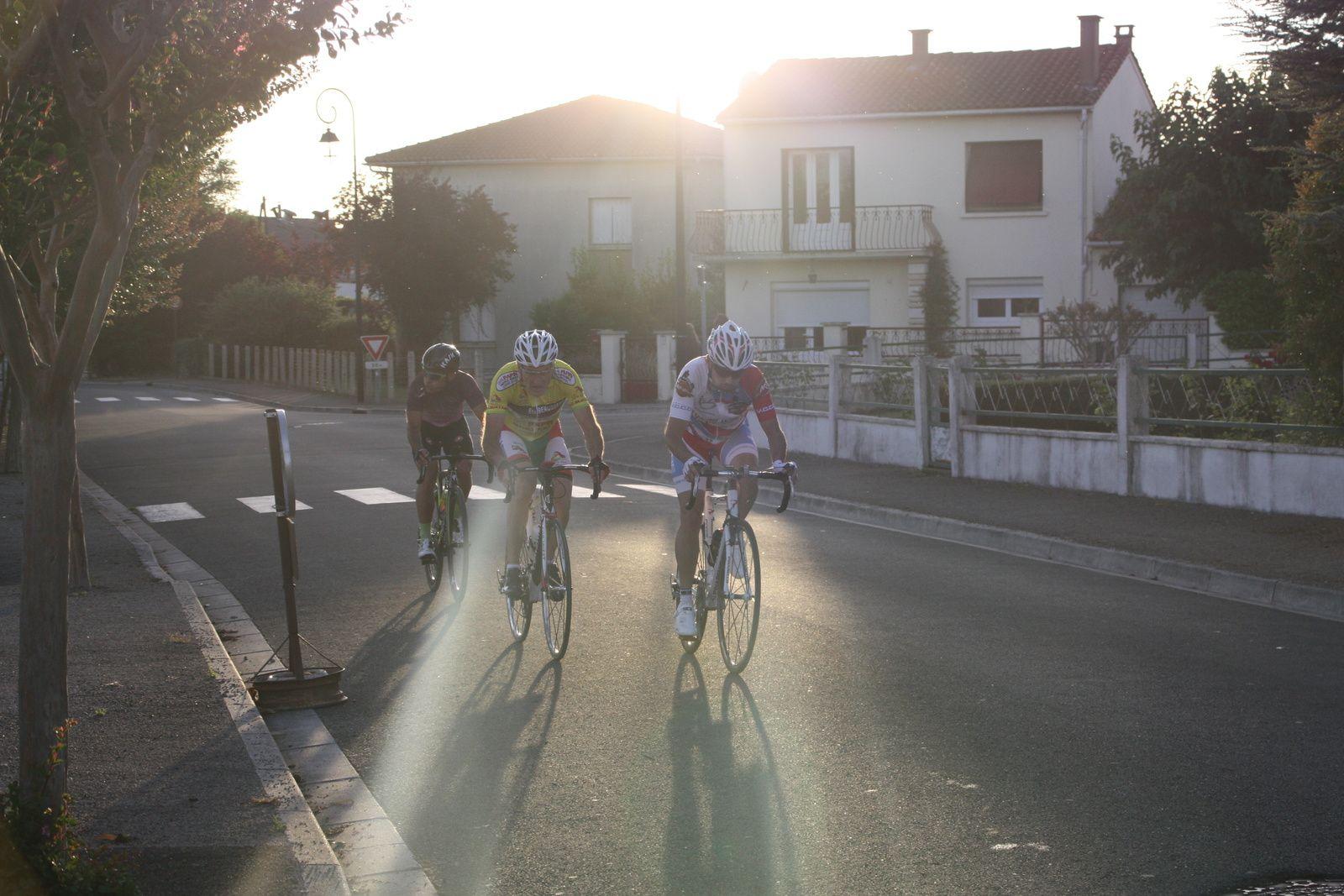 Fabrice  RICHARD, Igor  DESAPHY  et  Jérome  ZAOUI  sont  les  3  hommes  de  tête