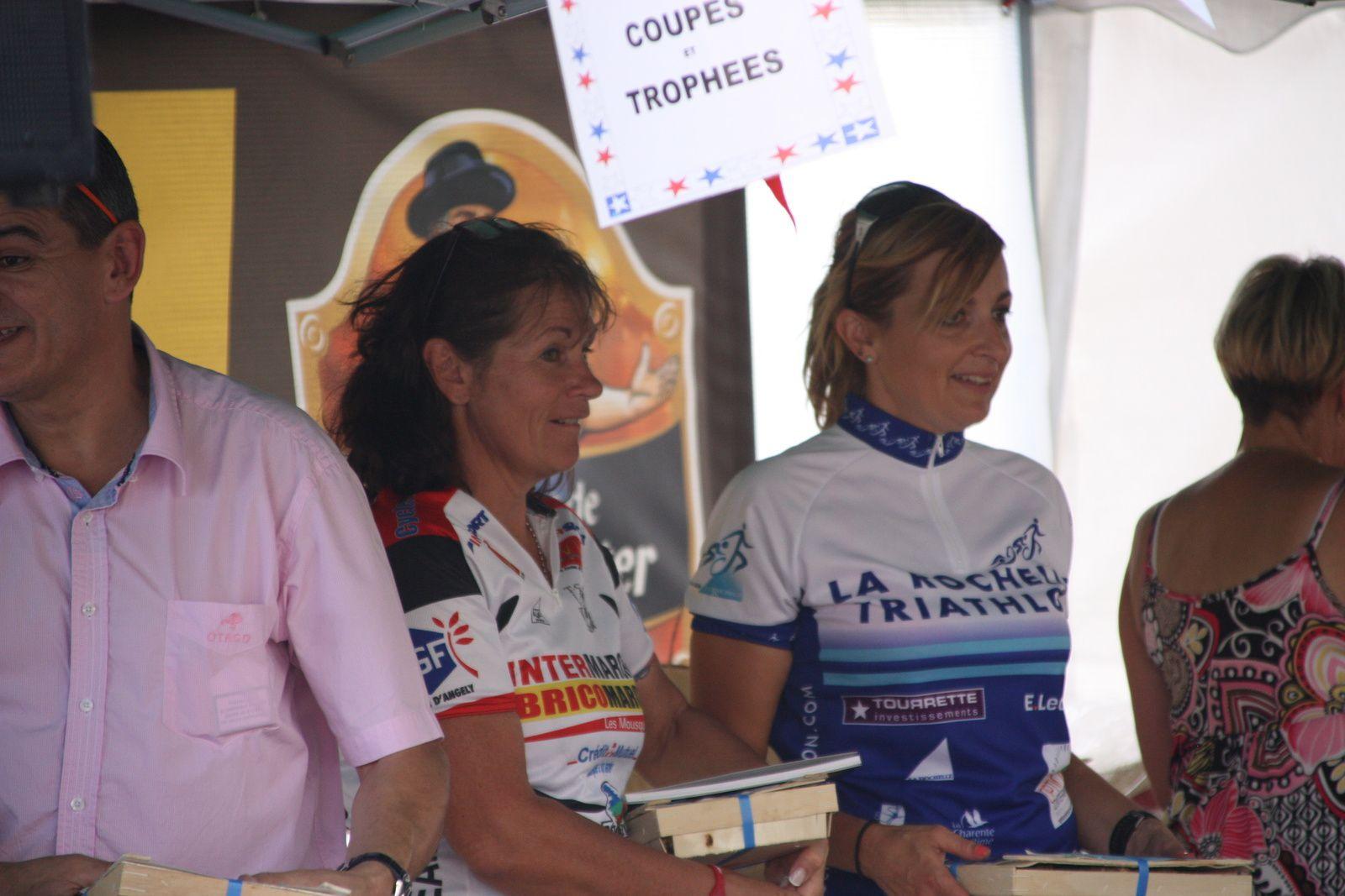Le  podium  féminin  avec  Laurence  RONDIER(R  Guataise)  à  la  3e  place