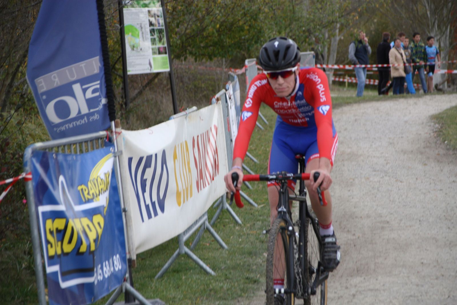 4e  Paul  GUILBEAU(UV  Poitiers)