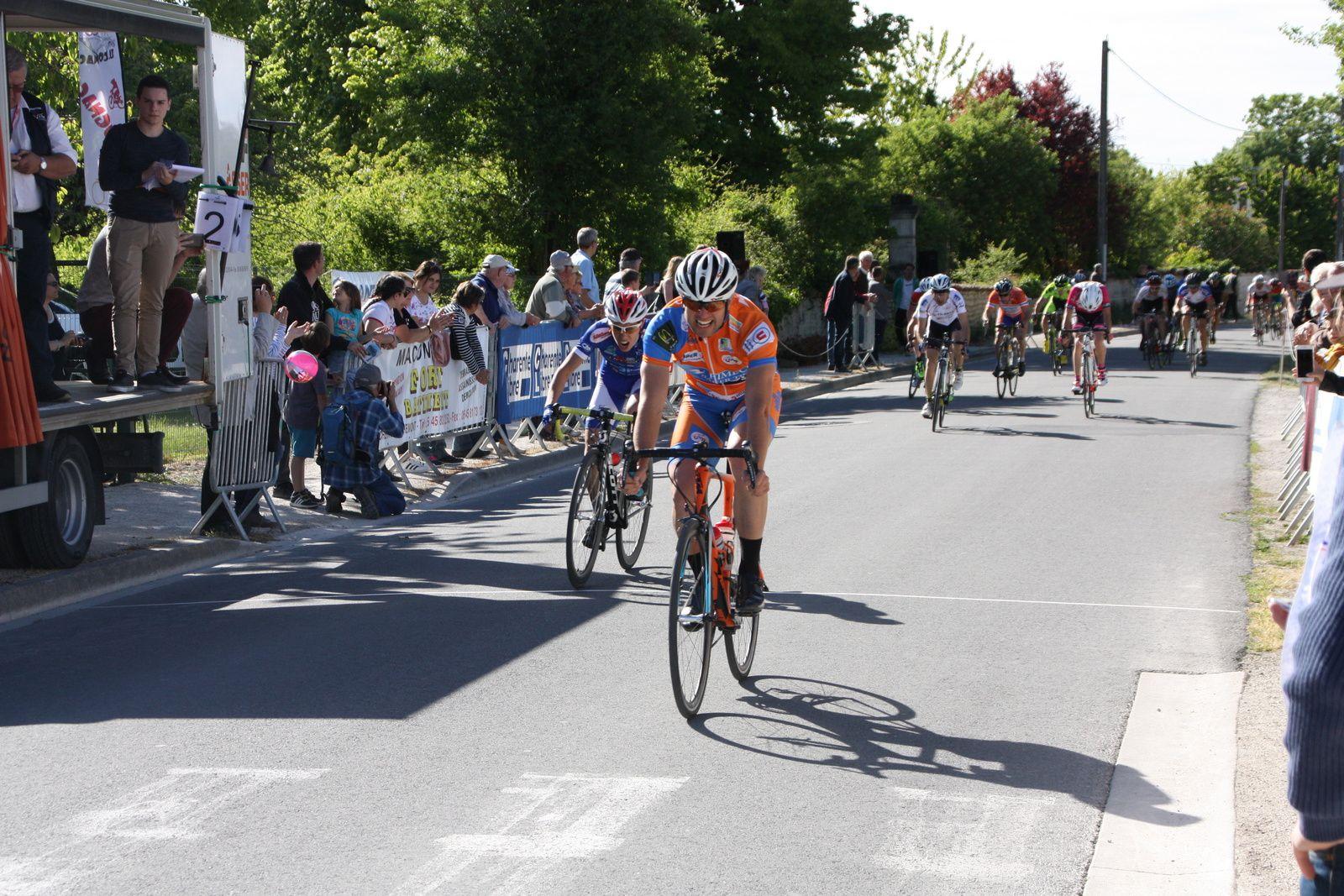 17e  Frédéric  DEPIN(UVA), 18e  Simon  FUSILLER(G  Mansle)