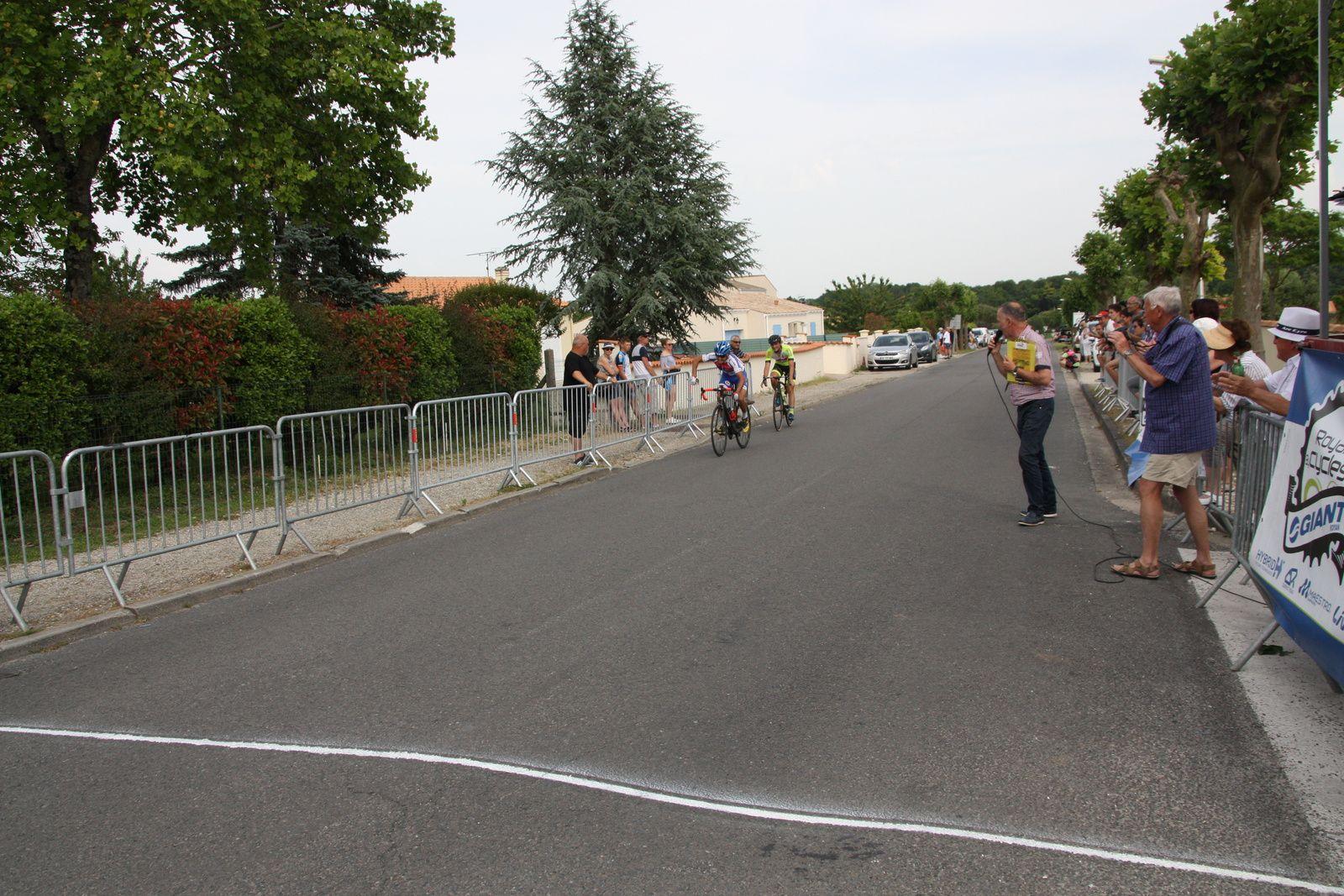 2e  Mathéo  NICOULEAU(APOGE), 3e  Nicolas  CRESPO(EC 3M),