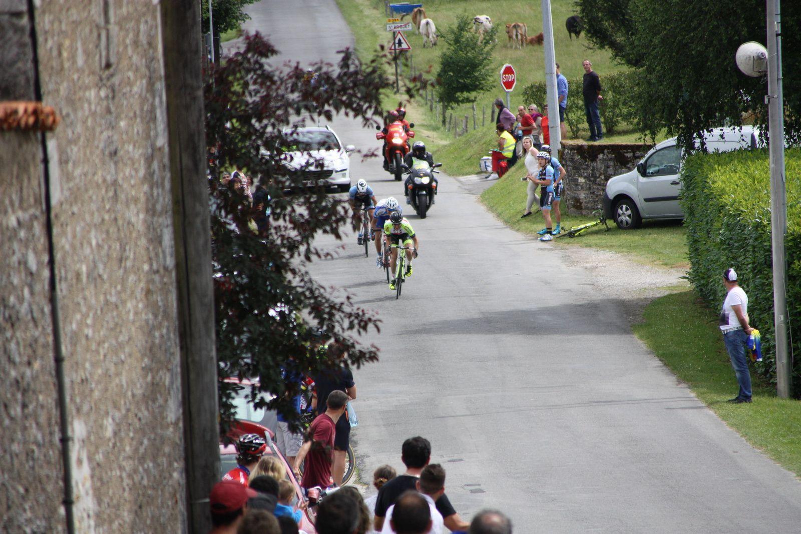 L'arrivée  et  la  victoire  pour  Cyril  BASTIERE