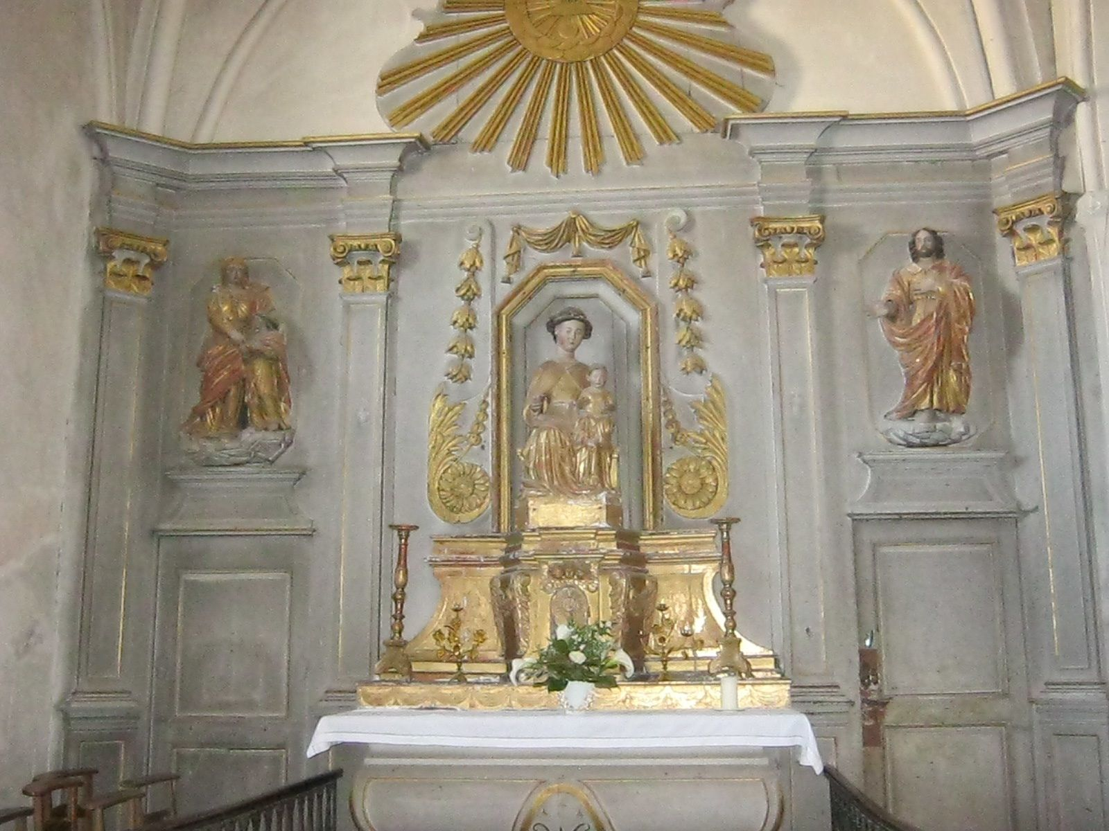 Eglise Romane Sainte-Morille