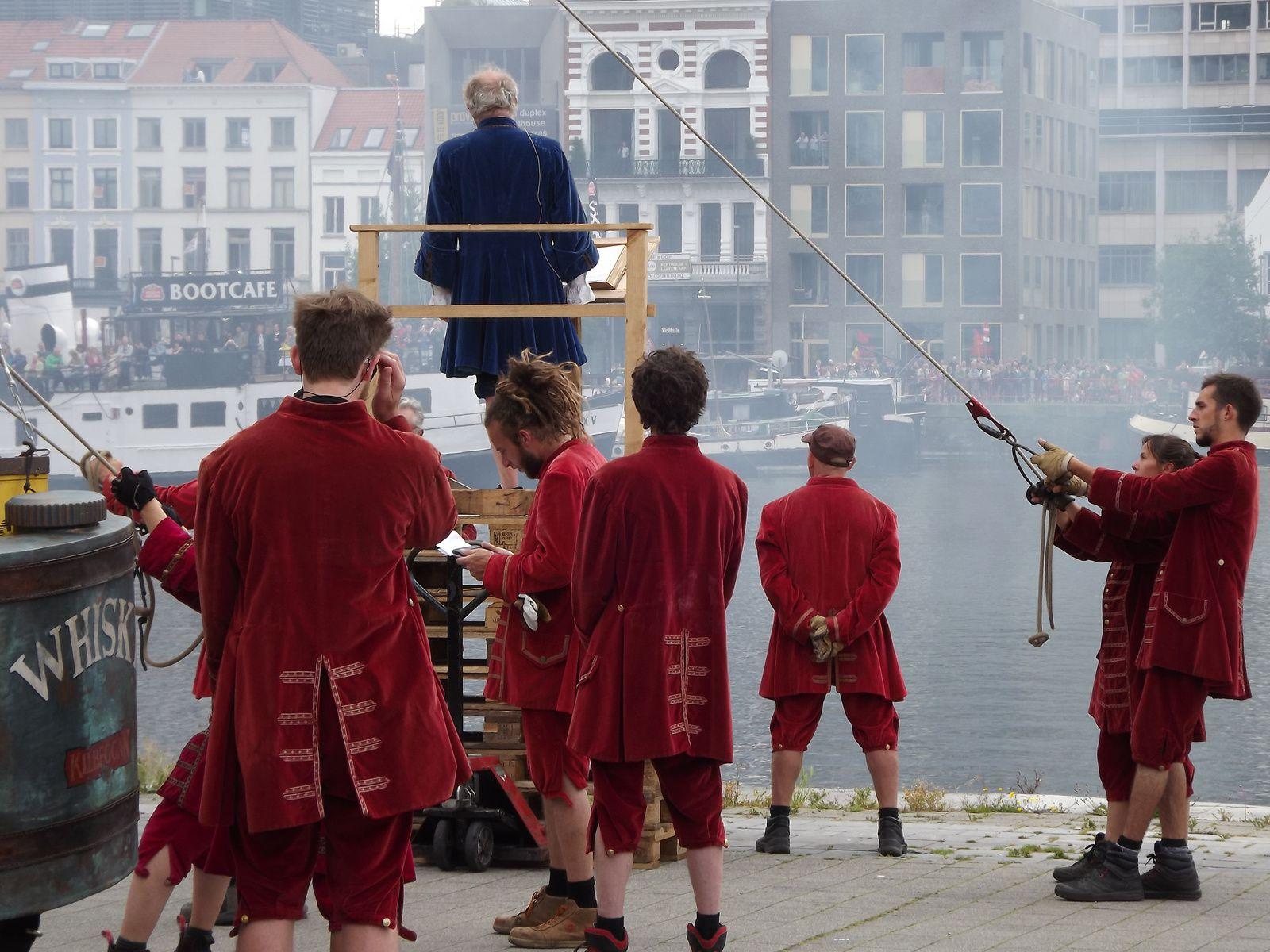 Antwerpen Royal de luxe a Anvers19, 20, 21 juin 2015
