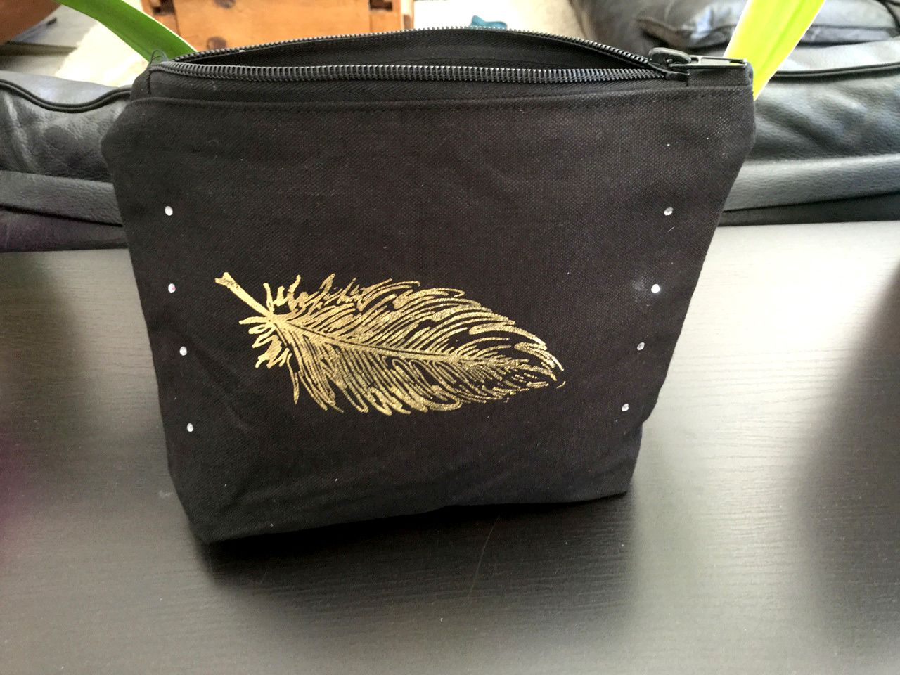 Créa # 3 Bricole Box &quot&#x3B;Fashion&quot&#x3B;: Ma trousse strass