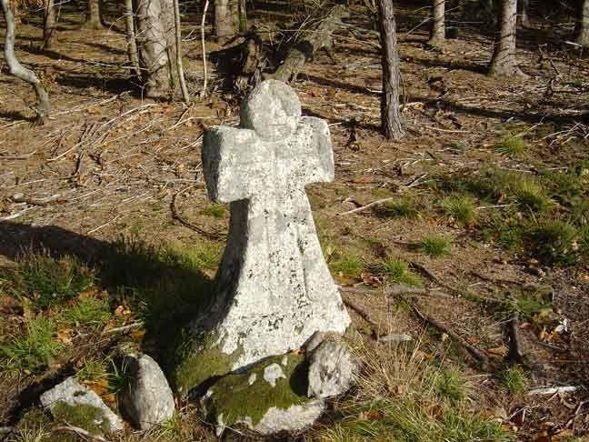 La croix de Combe Longue  - la croix du jal - la croix blanche - la croix de la Gane - la croix grosse