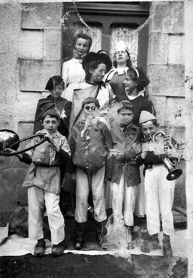 Théâtre à Gourdon-Murat le  6 avril 1941