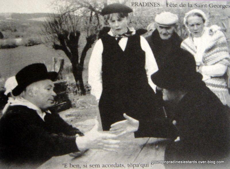 Reconstitution de la louée à Pradines . Fête en 1992