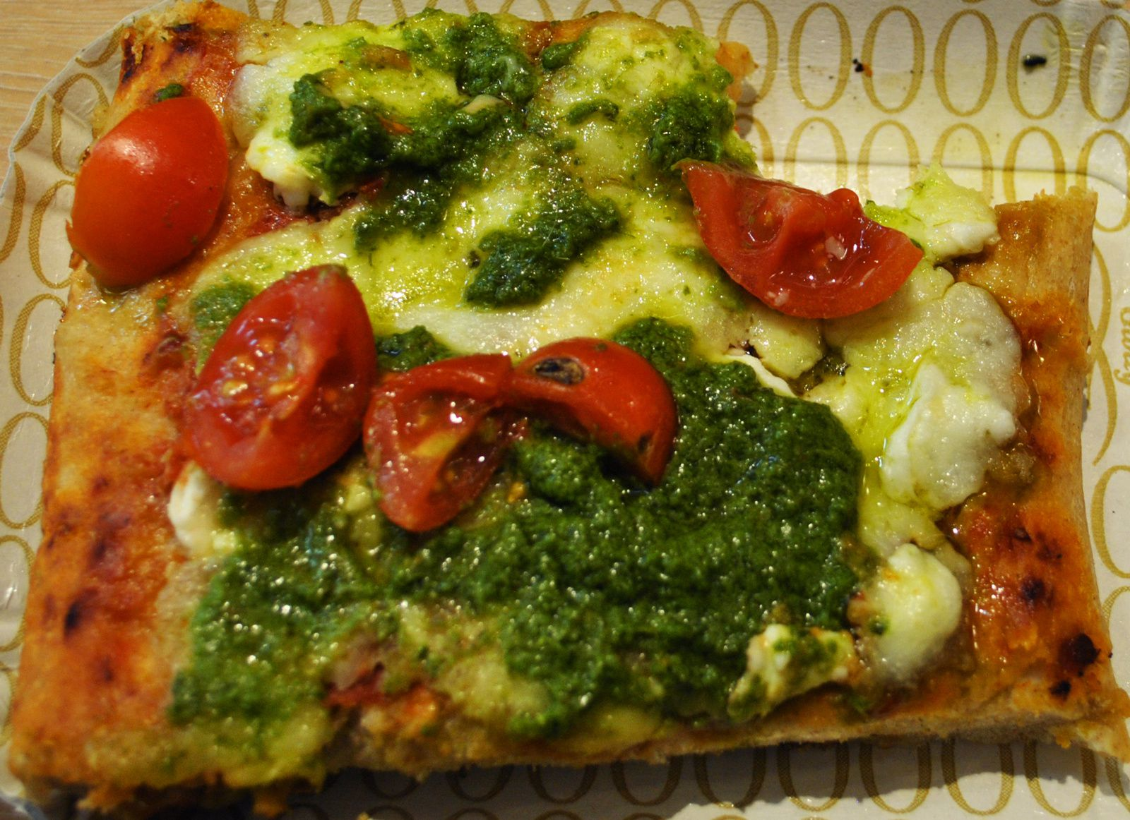 Pizza au pesto
