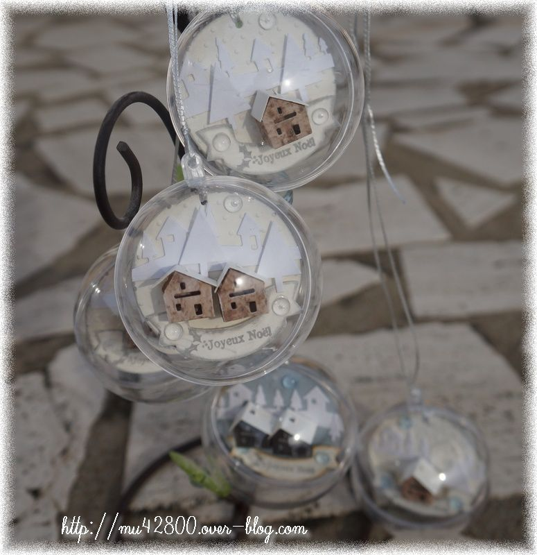 D co boules transparentes de no l un peu de scrap for Boule de noel plastique a decorer