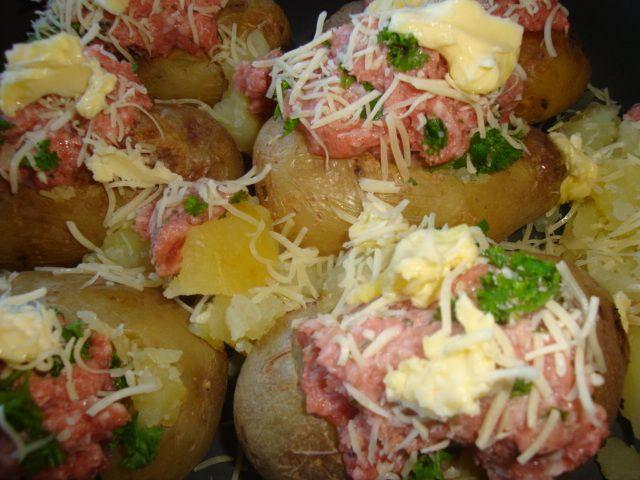 Recette Pommes de terre farcies à la paysanne