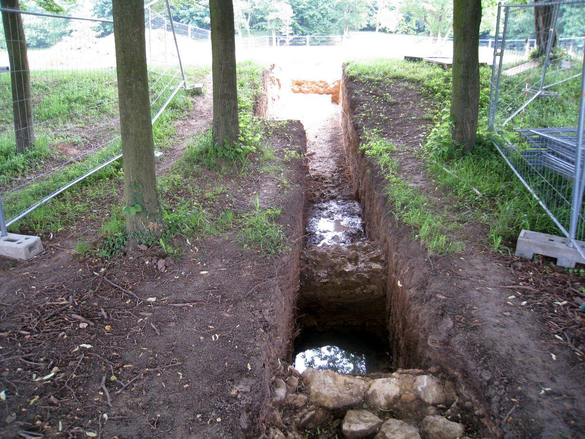 Fouilles archéologiques dans le parc de Marly