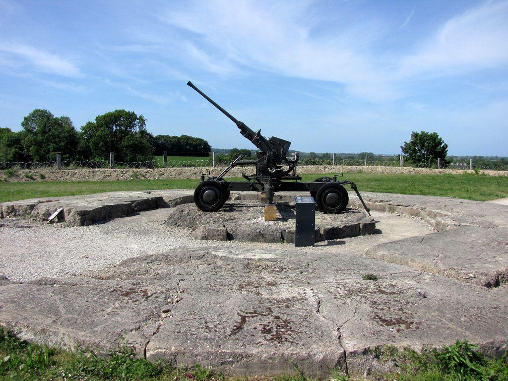 Canon antiaérien Bofors de 40mm, batterie de Crisbeck (Saint-Marcouf)