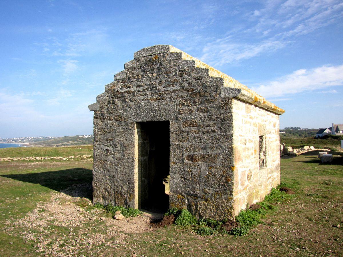 Nécropole mégalithique du Souc'h, Menez Dregan (Plouhinec)