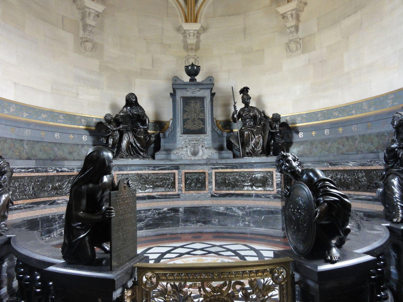 Petits Bas-reliefs de la chapelle du château de Chantilly
